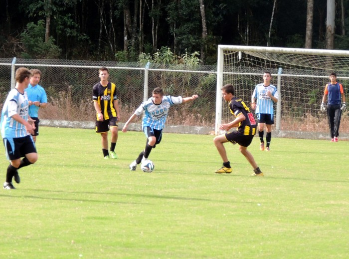 Primeiro semifinalista do Sub-18 ser� definido no domingo
